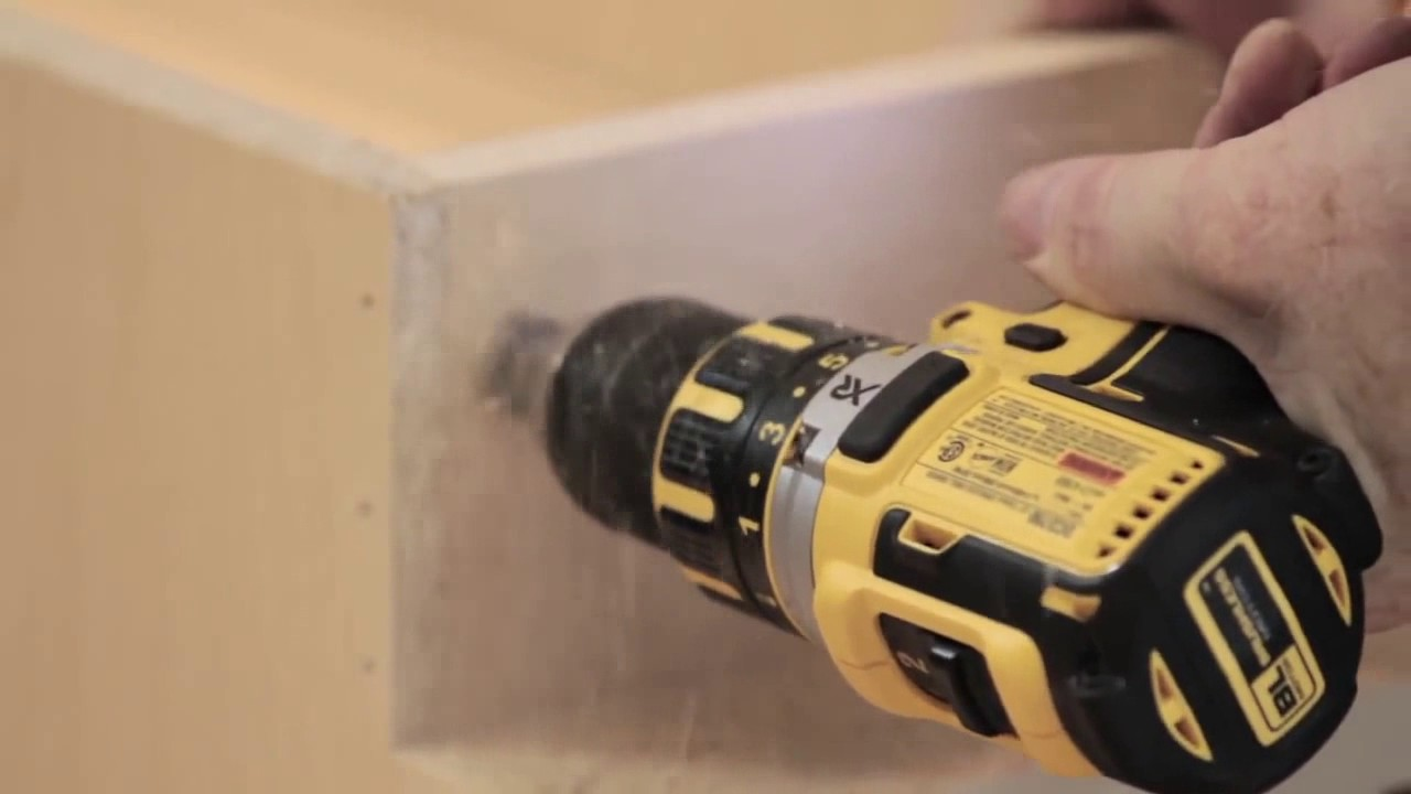 How to Install the Cabinet with Laser Level - YouTube