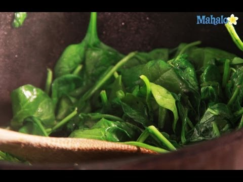 how-to-make-simple-sauteed-spinach