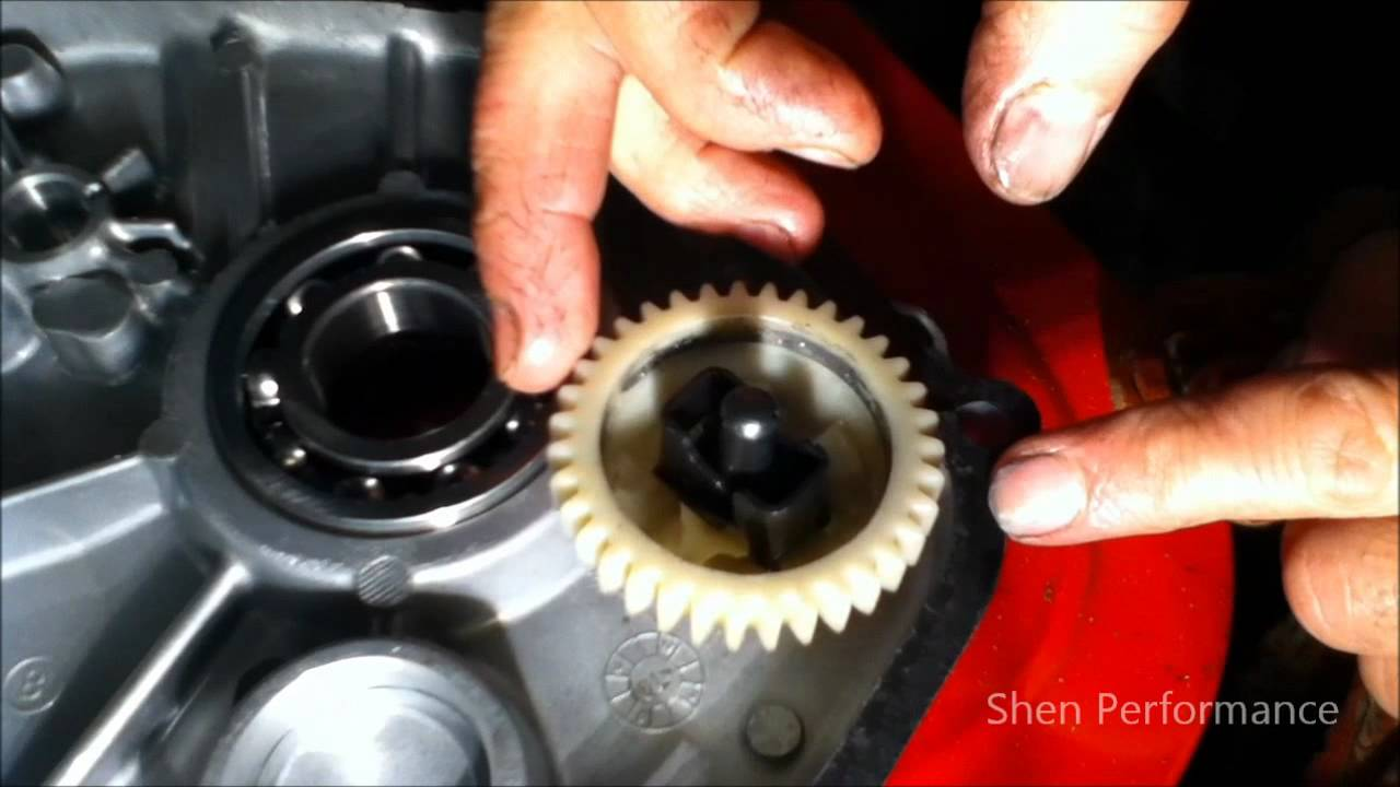 How to remove the governor from a g270 go kart engine 9HP lawn mower - YouTube