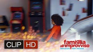 FAMIGLIA ALL'IMPROVVISO - ISTRUZIONI NON INCLUSE - La mattina - Clip dal film
