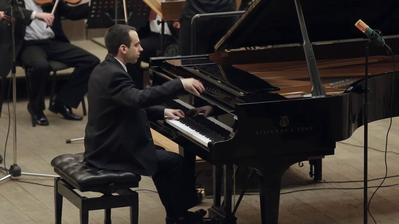 Nadav Verbin plays Piano concert N.5 of L.v.Beethoven (2-3 parts)