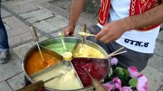 Istanbul - Street food vendor - 07102011057