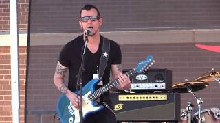 "Gary Hoey - ""Going Down"" (Live at the 2017 Dallas International Guitar Show)"