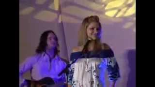 Patrick Wayne, Jennifer Wayne's uncle introduces her. She talks abo...