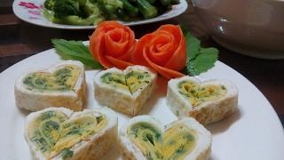 Trứng cuộn hình trái tim cho bữa cơm ngày Valentine thêm màu sắc