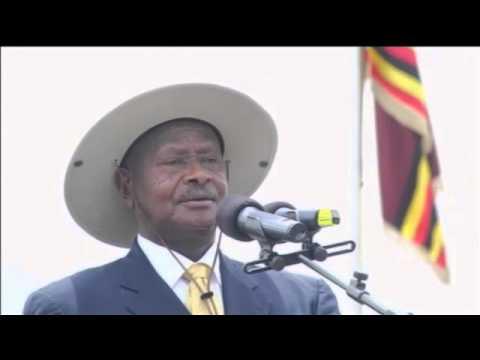 Ugandan president rallies anti-gay supporters