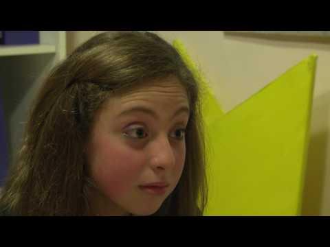 Documentario Adolescenza - Laboratorio Videoproduzione 2012-2013