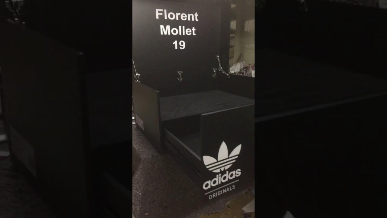 Chaussure Adidas Geante Forme A Magasin Boite adidas QderWBCxo