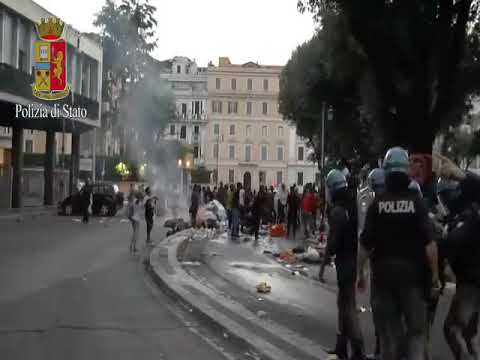Police and Refugees Clash Over Occupied Rome Square