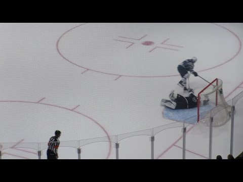 Best Shootout Save in NHL by Jonathan Quick!