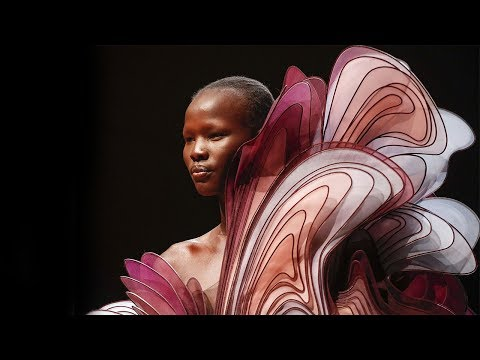 Iris Van Herpen | Haute Couture Spring Summer 2019 Full Show | Exclusive
