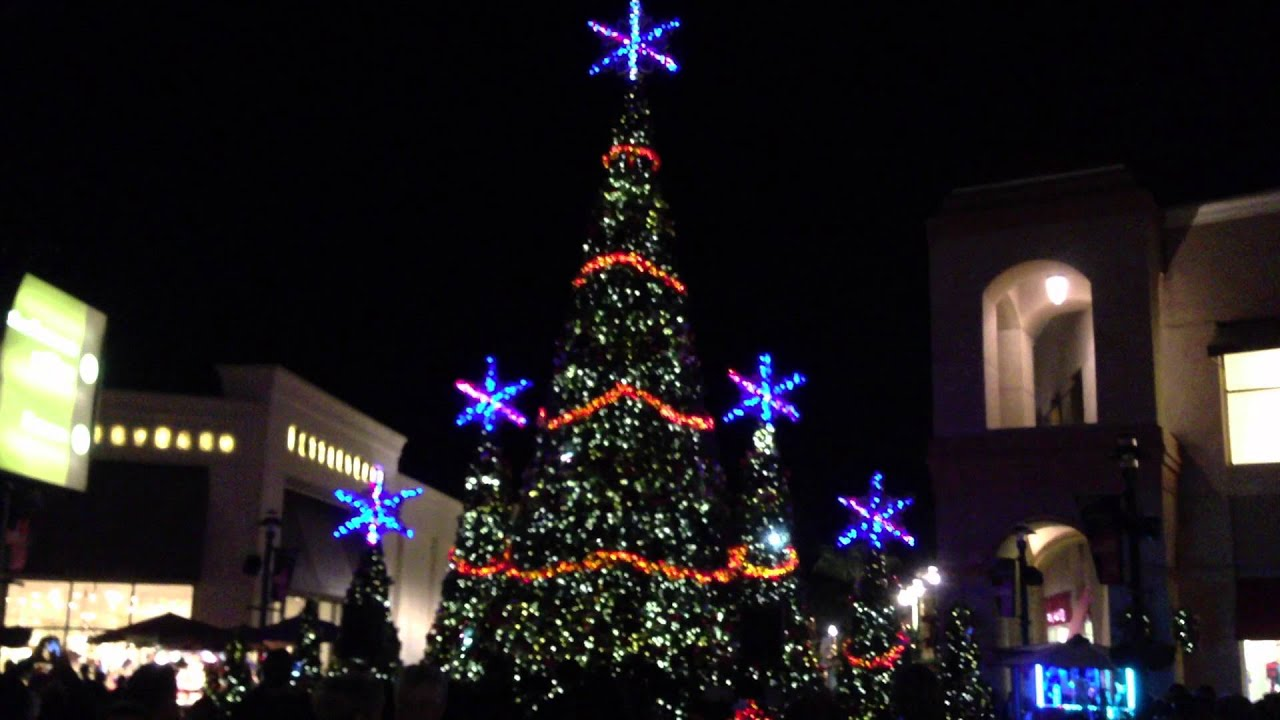 Christmas Tree Light Show at Wiregrass - 2012 - YouTube