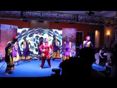 Bhangra Ashish A Live Pinda vich Vajje Radio