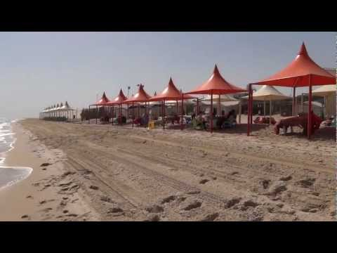 Al Wakrah, Qatar - Dune bashing and Khawr al Udayd (Inland Sea) HD (2013)