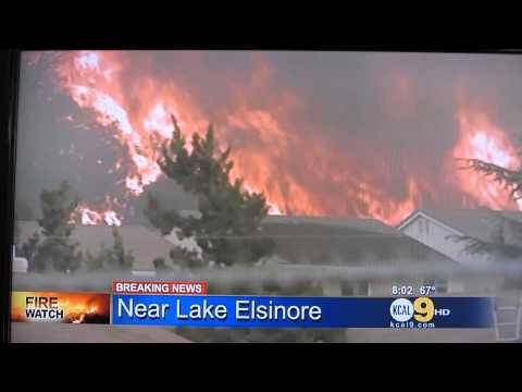 Fuego en Lake Elsinore, CA.