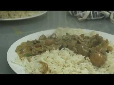 Mushroom Stroganoff - Delia Smith - BBC - YouTube