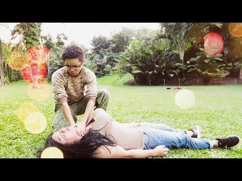 Descendants of the Sun vs Reality [Parody] | Singapore | 태양의 후예 대 현실 | 太阳的后裔 [搞笑]