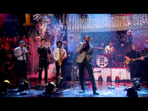 Aloe Blacc - Loving You Is Killing Me (Jools Annual Hootenanny 2012) HD 720p