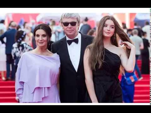Дочь Екатерины Стриженовой показала Романтическое Фото в объятьях жениха