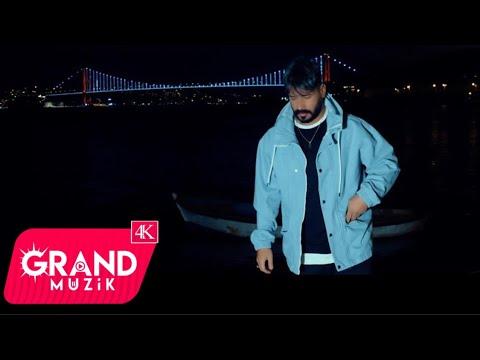 Aykut Özer - Yüzün Gülmesin (Official Video)