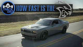 How Fast is the SRT Hellcat Challenger [707HP] Acceleration Test Review