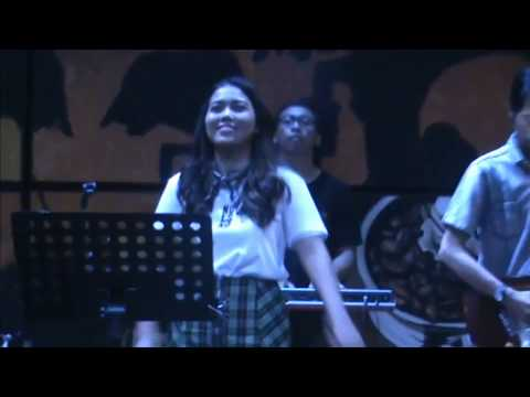 Adele - Don't You Remember , Cover Song By Lia Magdalena With Glassymusic Jogja, Indonesia