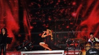 Helena Paparizou - An Isoun Agapi (Live @ Summer Tour 2010)