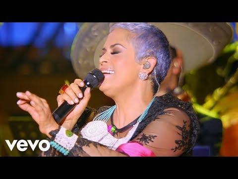 Las Tres Grandes - La Calaca (Primera Fila) [En Vivo] ft. Lila Downs