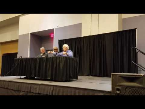 Larry Wilcox, Michael Dorn & Scott Pine CHiPS boy Expo Knoxville, Tn