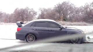 Snow Drifter Fail (People Thanking They Can Drift)