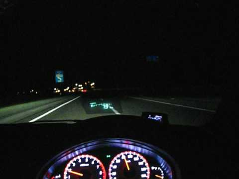 深夜のドライブ