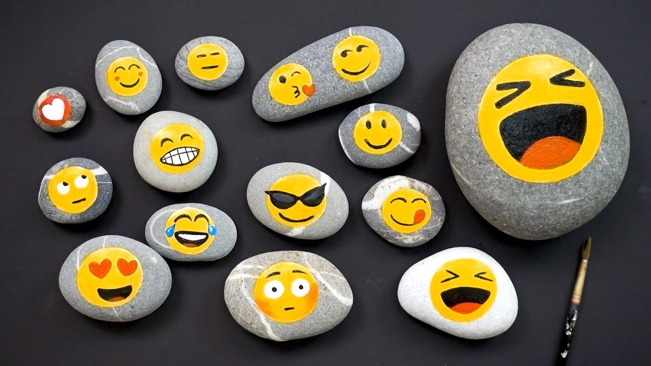 Pin By Laine Roos On Kivimaaling Painted Rock With Images Rock Painting Ideas Easy Simple Acrylic Paintings Emoji Rocks