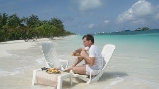 Мальдивы. Путешествие по атоллам, островам/ Нolidays in the Maldives
