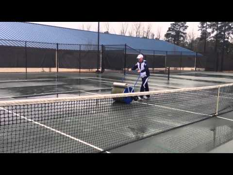 Yarbrough Staff Gets Courts Ready for Play
