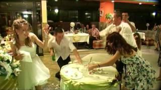 www.dj-joro-eli.com Плами и Росен и боят с торта.mpg