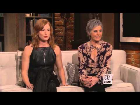 Talking Dead - Melissa McBride Alicia Witt funny moment streaming vf
