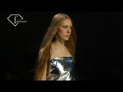 Lanvin Fall/Winter 1999/2000 RTW Show Ft Carmen Kass | FashionTV