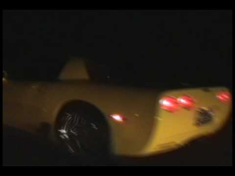 Corvette C5 Z06 vs Corvette C5 (125 shot Nitrous)