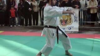 Kata hangetsu karate shotokan