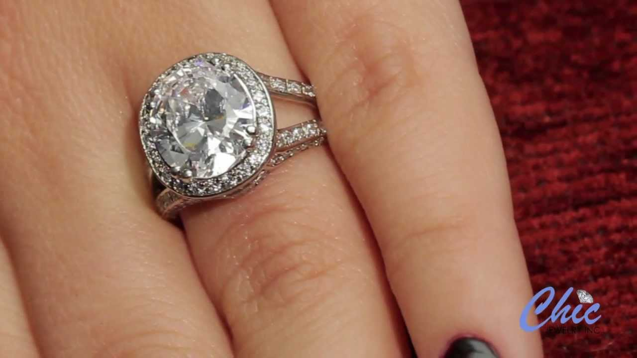 Classic Halo Diamond Engagement Ring in 14k White Gold 1