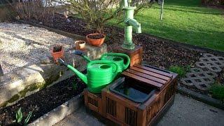 видео Ручной водяной насос для скважины: обзор бытовых моделей