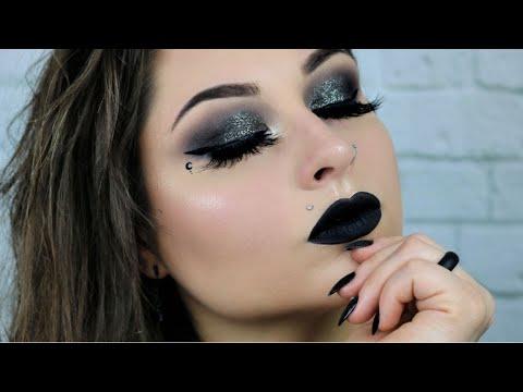 Witchy Makeup | Halloween Makeup Tutorial | A Witchy Halloween Tutorial | Halloween Time Tutorials