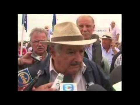 """Mujica aceptó presos de Guantánamo por un tema de """"derechos humanos"""""""