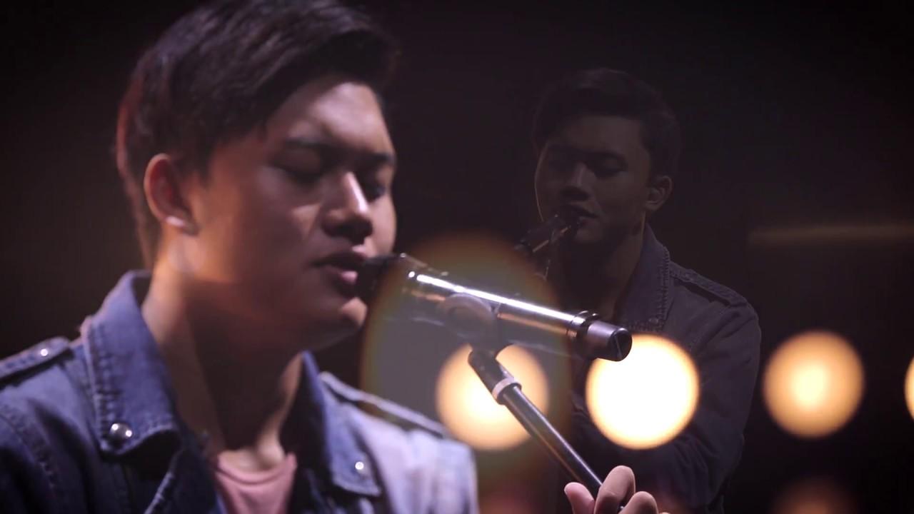 Breakout Showcase : Rizky Febian - Cukup Tau - YouTube