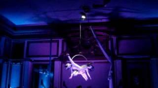 kabinet theatre: arial dance