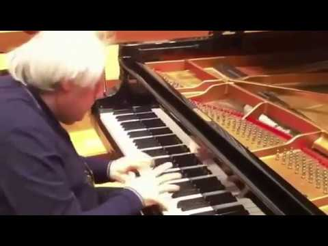 Sokolov plays Bach Italian Concerto - VIDEO excerpt from rehearsal