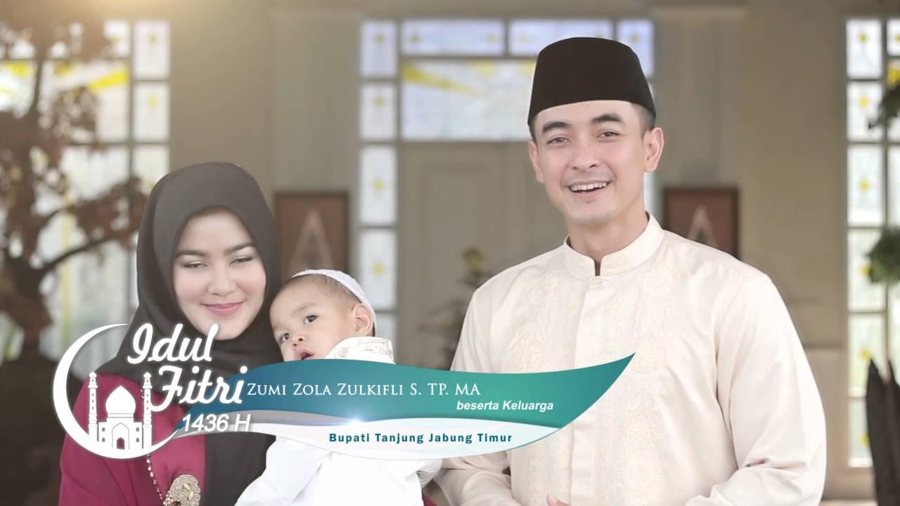 Zumi Zola Dan Keluarga Tvc Ucapan Idul Fitri 1436 H Youtube