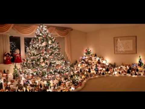 Sonny S Christmas Holiday Village Scene 2011 Youtube