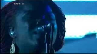 Massive Attack featuring Yolanda Quartey - Harpischord (Live)