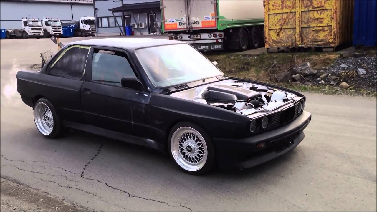bmw e30 v8 burnout 2013 youtube. Black Bedroom Furniture Sets. Home Design Ideas